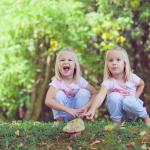 Družinska fotografija – Dvojčici